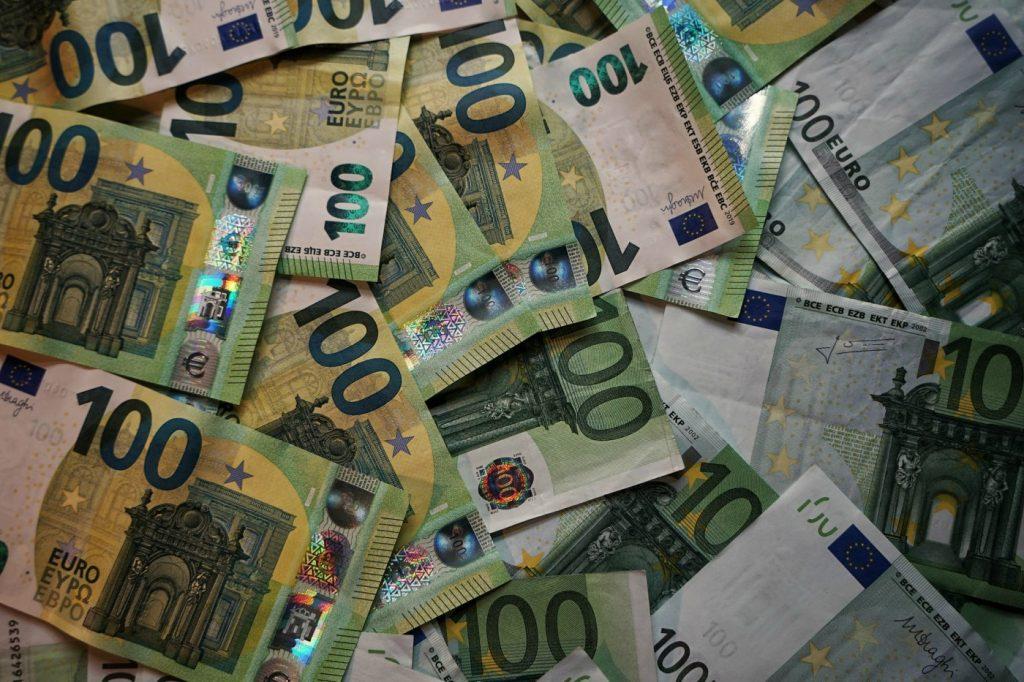 I prestiti 3000 euro sono piccoli prestiti personale che si possono ottenere facilmente ma sempre con garanzie