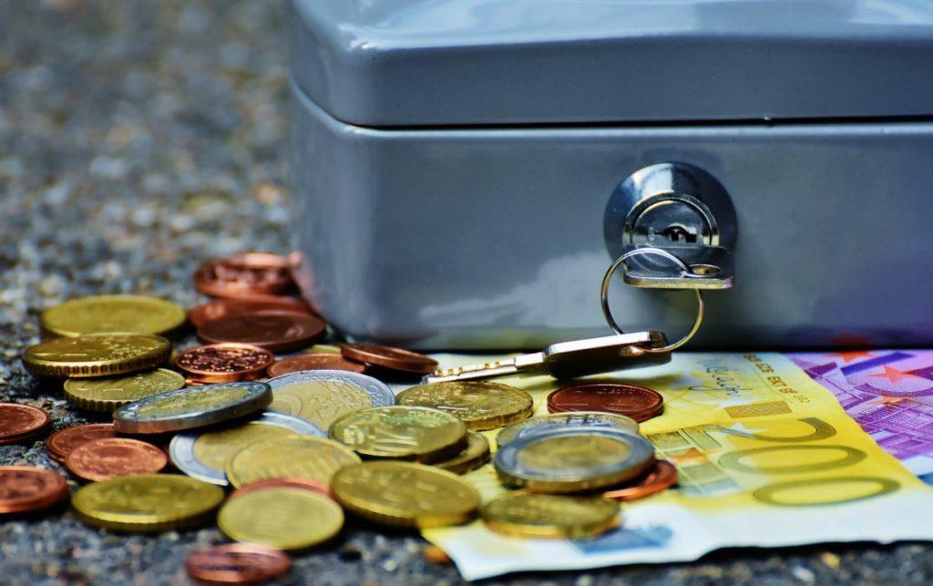 Con un prestito di 50000 euro puoi affrontare numerose spese, ma non è facile ottenerlo. Scopri come puoi richiederlo