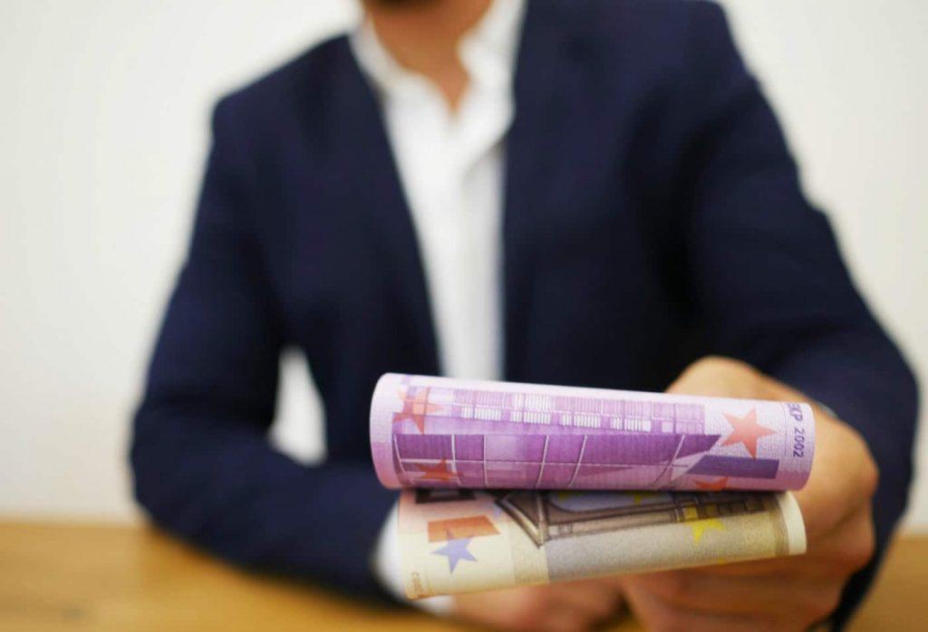 i prestiti con garante sono una soluzione a cui puoi ricorrere se non hai una busta paga
