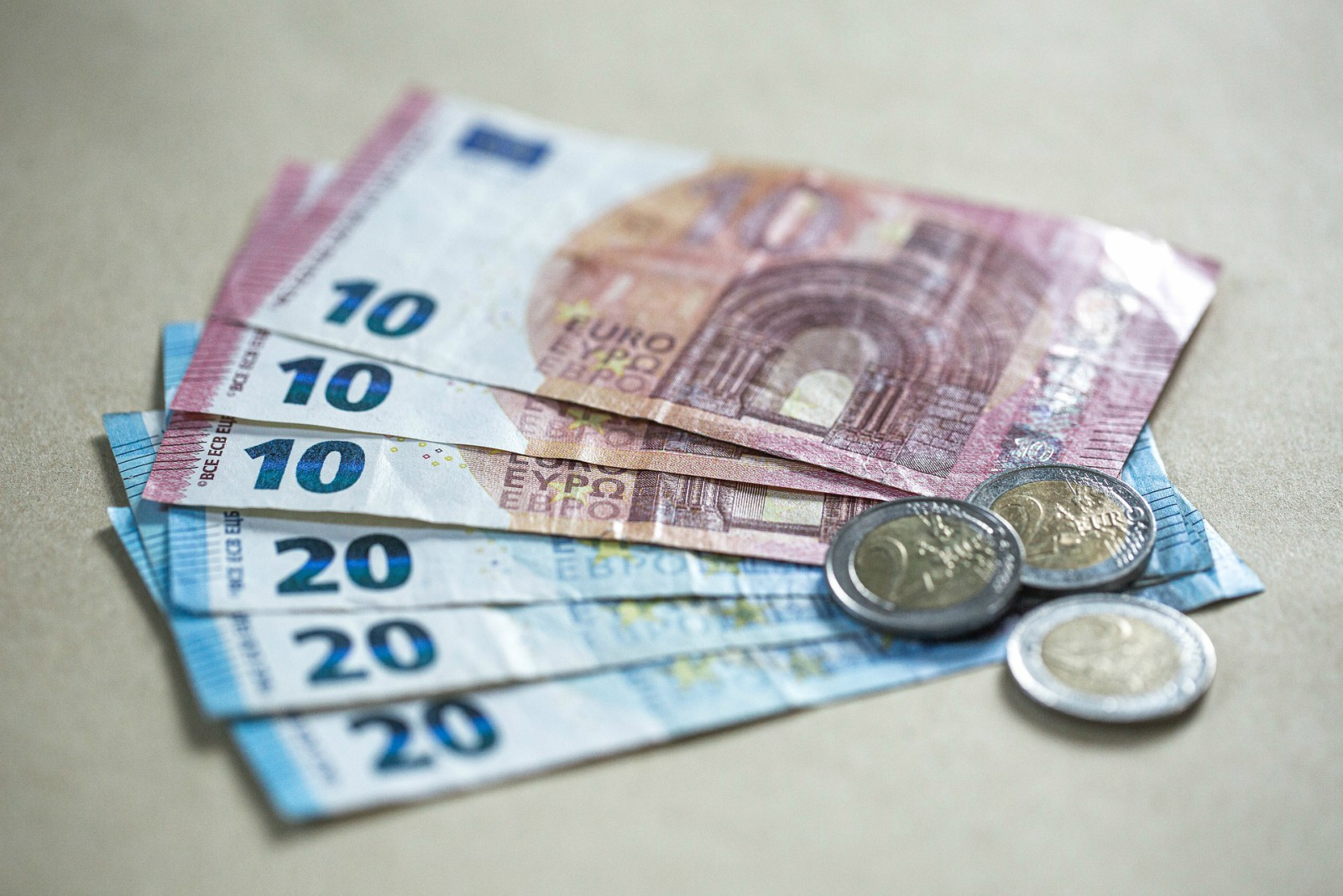 I prestiti pitagora sono finanziamenti erogati dall'istituto finanziario Pitagora a dipendenti pubblici, privati, e pensionati.